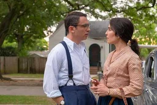 Chris Messina e Noomi Rapace in The Secret (2020)