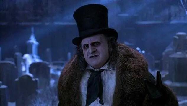 Il Pinguino (Denny DeVito) in una scena del film - Batman Returns