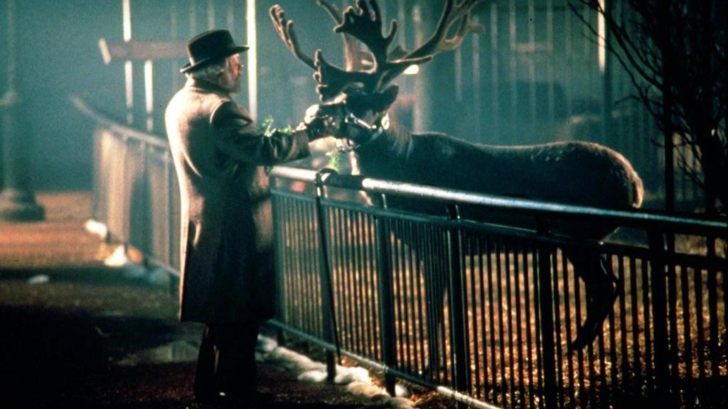 Miracolo nella 34ª strada (1994): Richard Attenborough dà vita ad un classico del Natale (con un focus sul film del '47) 10