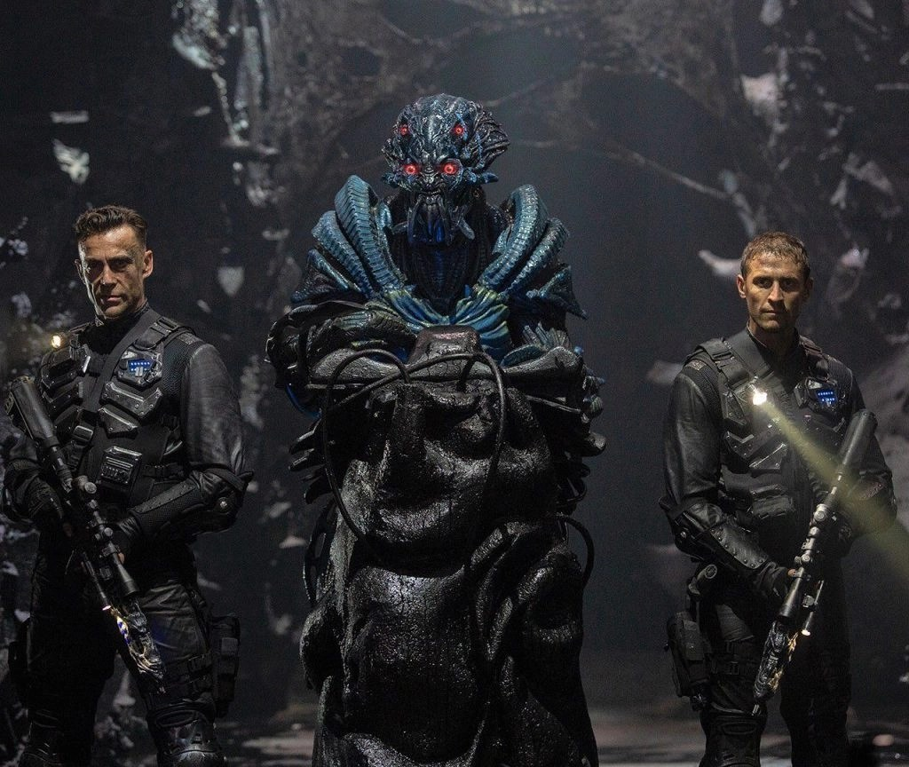 Skylin3s: il terzo film della saga sci-fi di Skyline 6