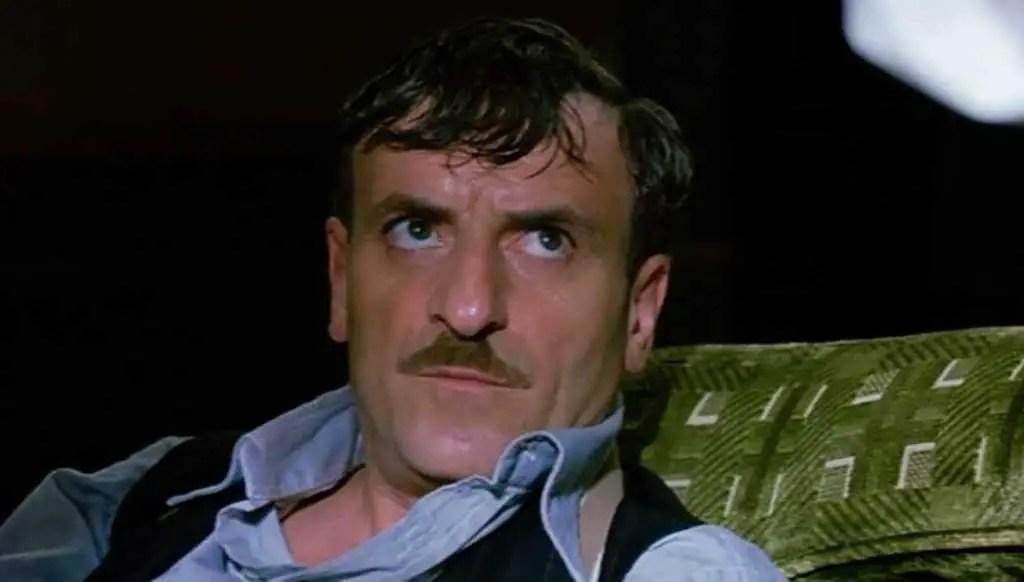 Jack (Giacomo Poretti) in una scena del film - La leggenda di Al, John e Jack
