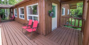 Loch Island Lodge Cabin 4 & 5 Deck