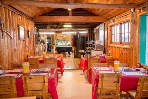 Loch Island Lodge Dining Room, Tackle Shop & Pool Table