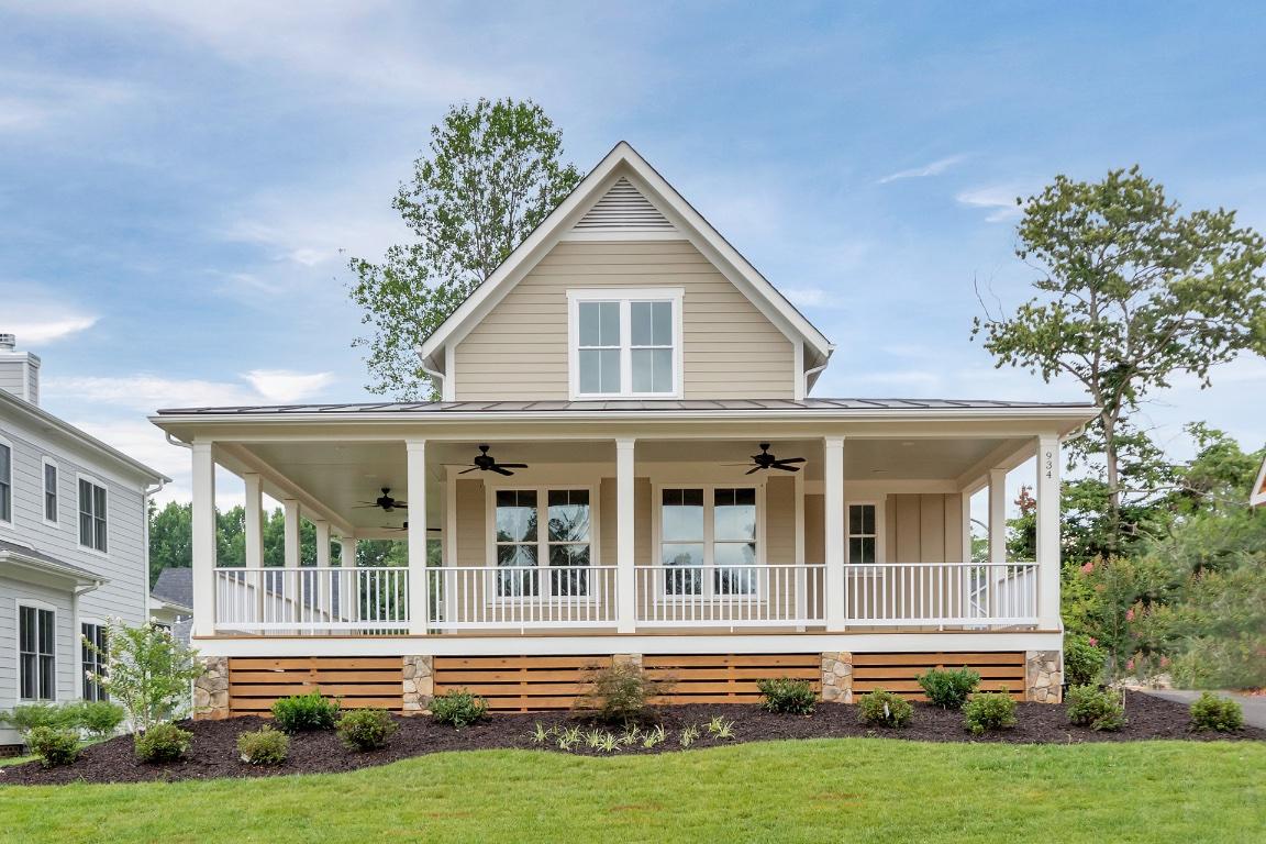 934 lochlyn hill lane lochlyn hill for American farmhouse style architecture