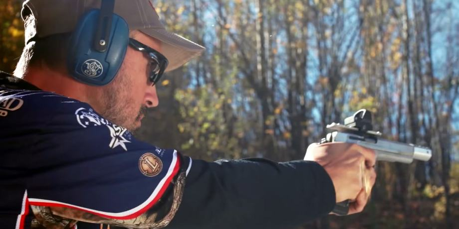 getting a grip on handgun hype You don't get as much counter-torque on the pistol, but people can actually grip   how can you learn to grip a handgun that works around your.
