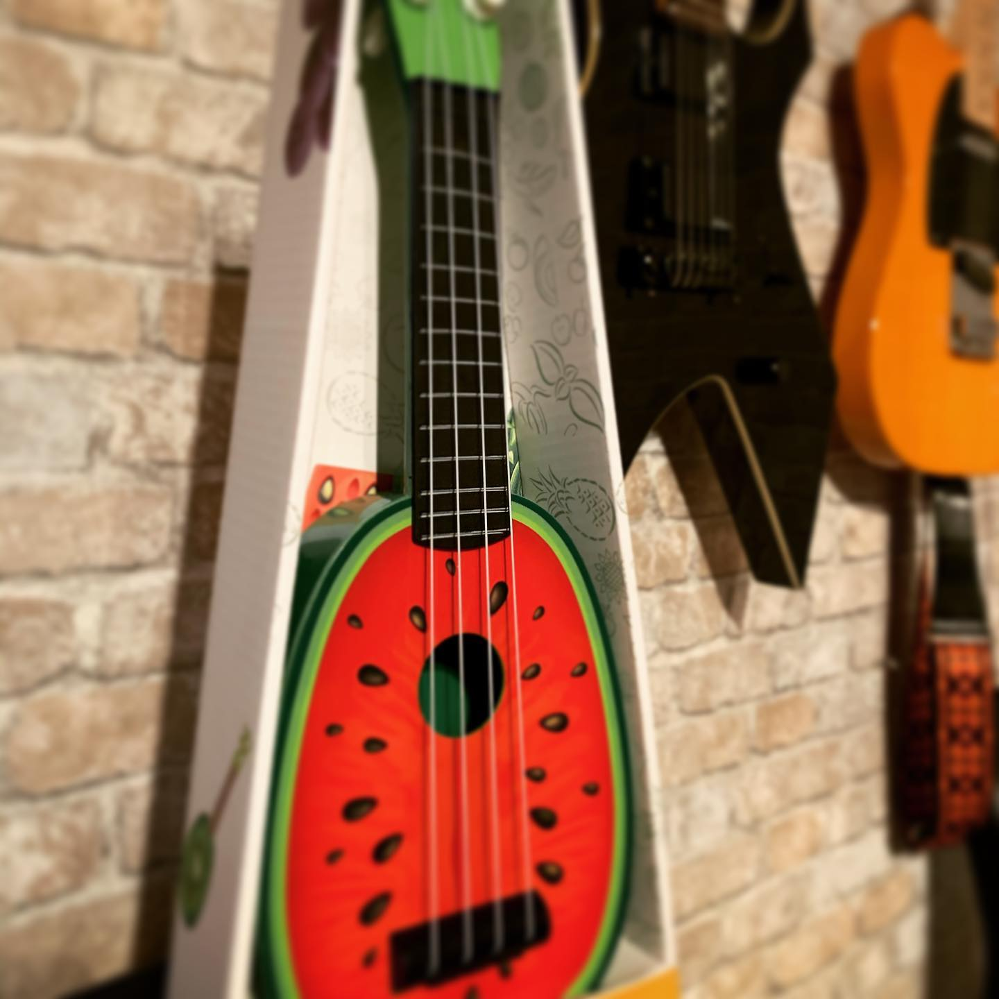 "Newest addition. Welcome to the family. Might be right instrument for Smashing Pumpkins ""Melon Collie and the infinite sadness? #badjokes #music #bremermoment #ukulele #haveagreatevening"