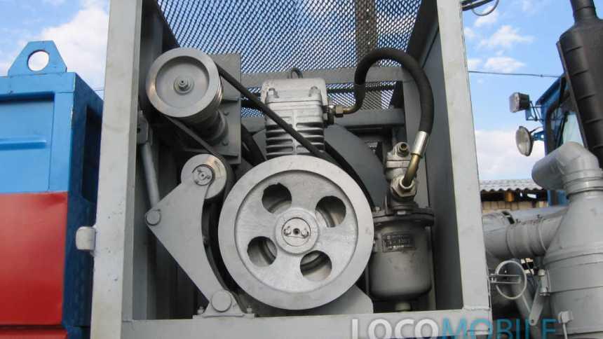Тяговый модуль вагонов маневровый тягач