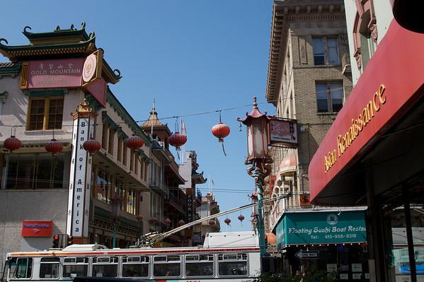 Walking San Franciscos historic Chinatown