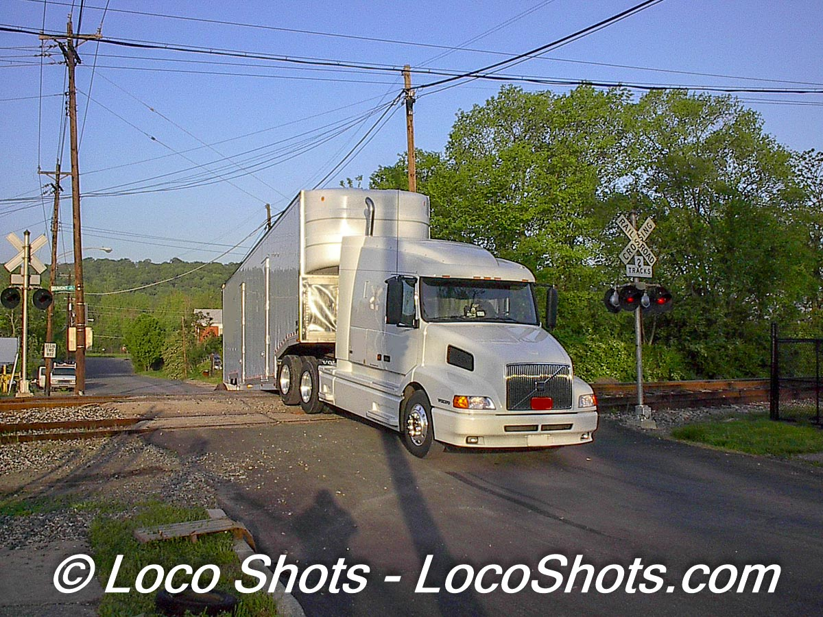 Truck Stuck on Carrel Street Crossing