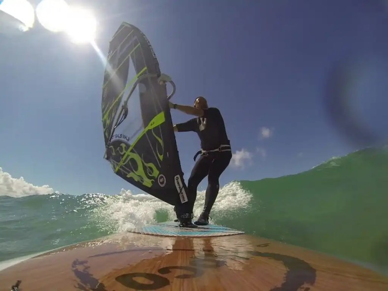 Paul Monnington drops in on 9'5'' Loco WindSUP