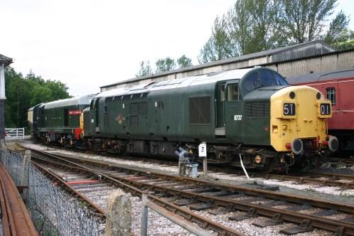 Class 37 D6737 37037 and Class 20 D8110 20110 Buckfastleigh 2012