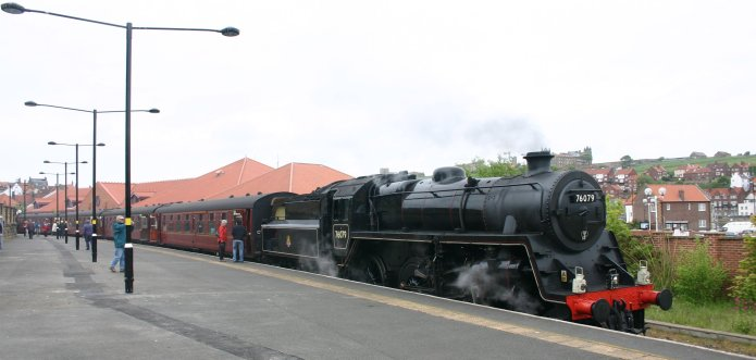 2009 - North Yorkshire Moors Railway - Whitby - Standard 4MT 2-6-0 - 76079