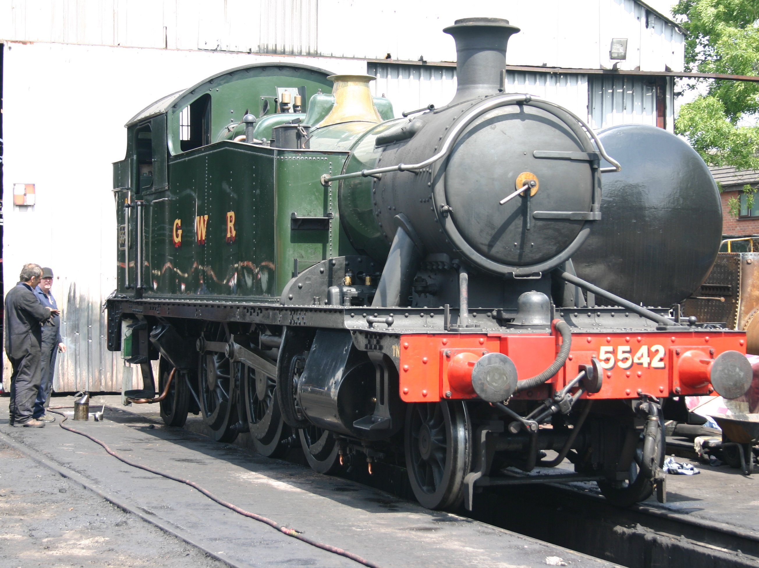Gwr 4953 Pitchford Hall And 4575 Prairie Tank 5542 At