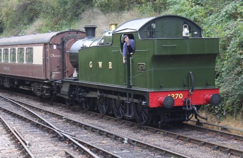2014 Autumn Steam Gala Watercress Line - Alresford - GWR 42xx 2-8-0T 4270