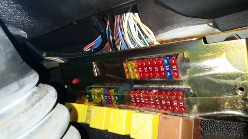 small resolution of land rover defender fuse box location wiring diagram expert land rover 90 fuse box upgrade land rover 90 fuse box