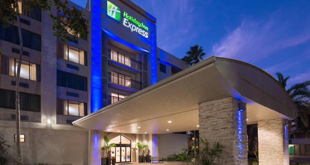 Waramaug Completes Renovation Of Holiday Inn Express