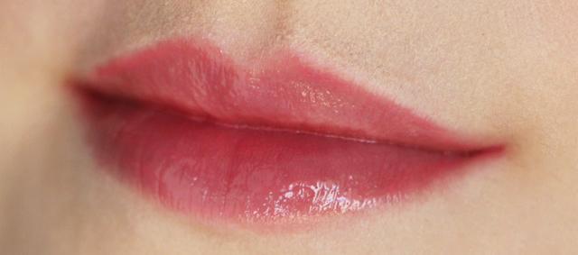 lip glace laura mercier 10