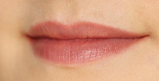 chanel lips peche