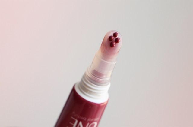 lips UNE13