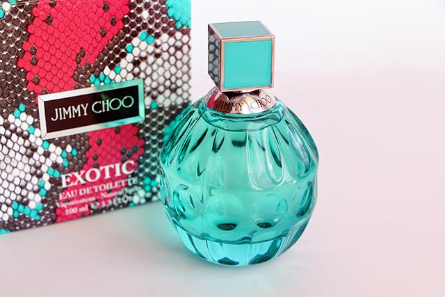 Direction les tropiques avec le nouveau parfum Jimmy Choo Exotic !
