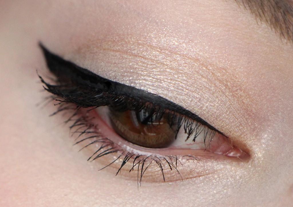 burberry eye