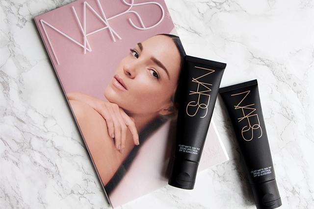 Le nouveau Velvet Matte Skin Tint de NARS à l'effet wow !