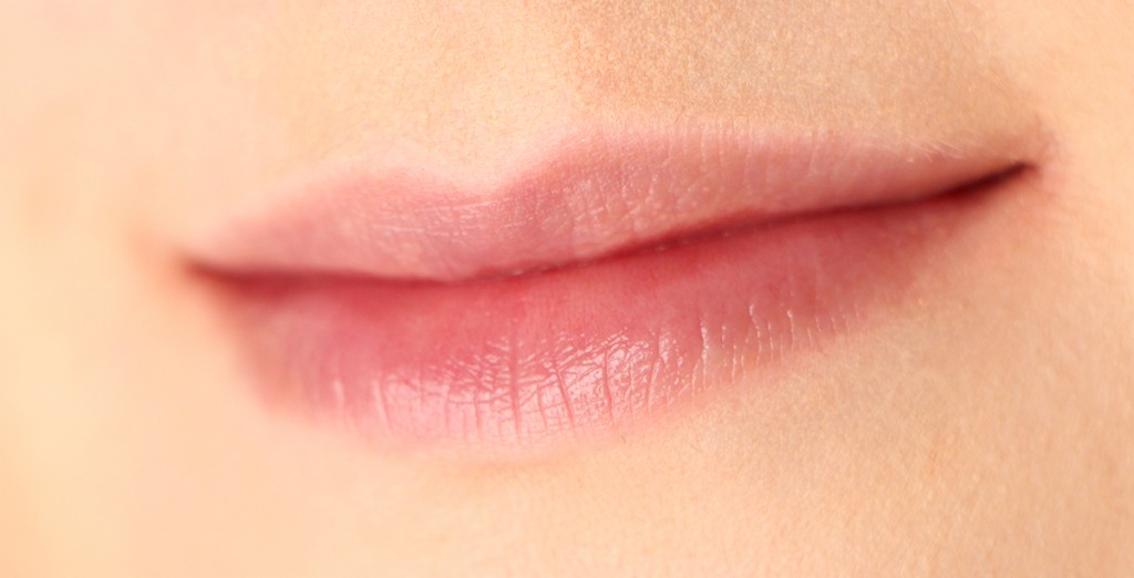 baby lips lemon zap lips 1