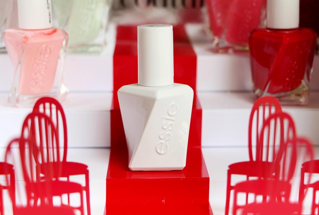 essie top coat gel couture