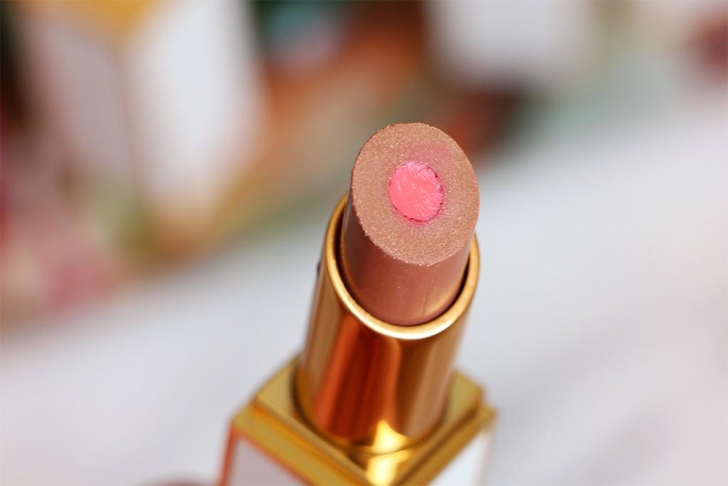 scandola-zoom-tom-ford-moisture-core-lipstick