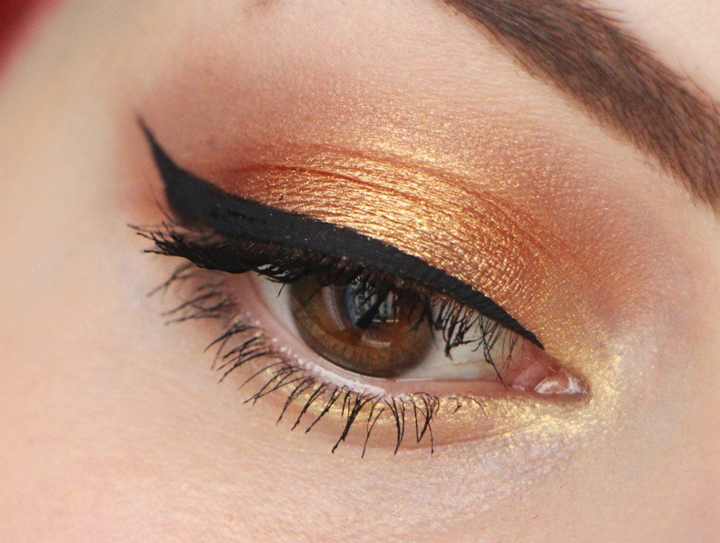 makeup-for-ever-eye-zoom-star-lit-powder