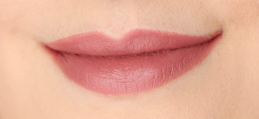 slow-burn-marc-jacobs-up-all-night-lip-set
