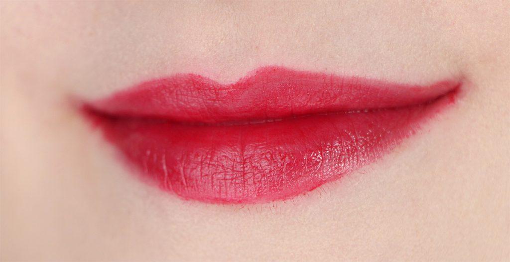 nyx-plush-lipstick-ipstick-11-sharp-femme-femme-forte