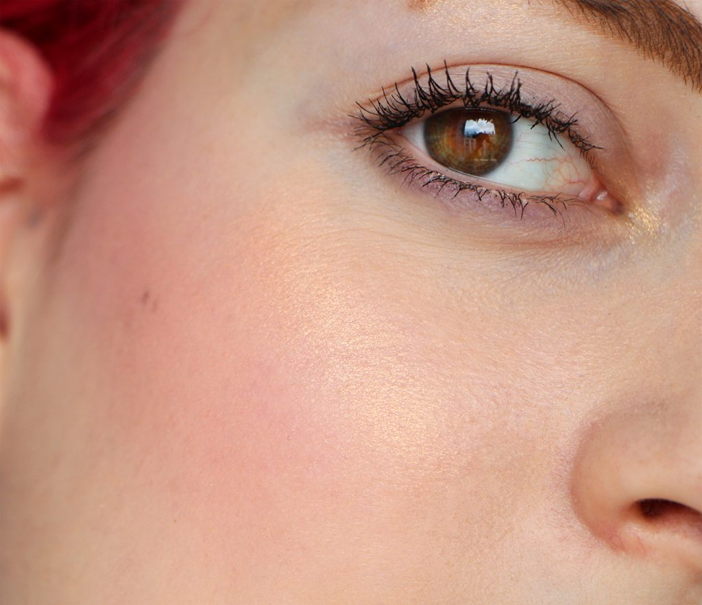 extra dimension skin finish face beaming blush mac