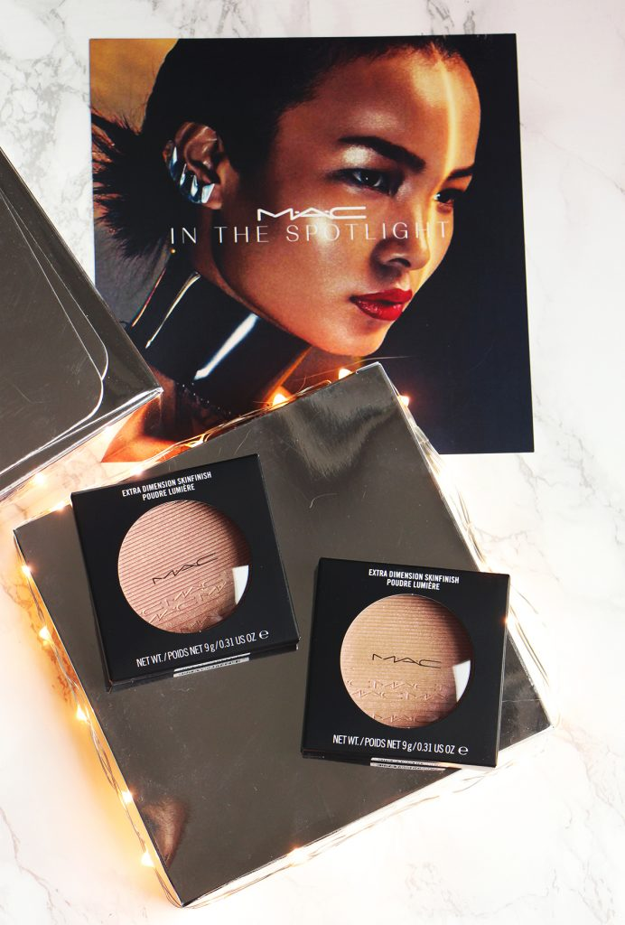 mac extra dimention skinfinish powder poudre lumiere