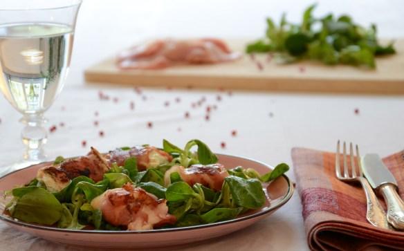 Feldsalat mit Bacon-Ziegekäse-Taler