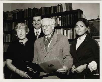 Karl Loewenstein receiving German Order of Merit; pictured with Piroska Loewenstein