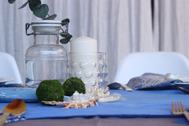 detalle de mesa en Azul