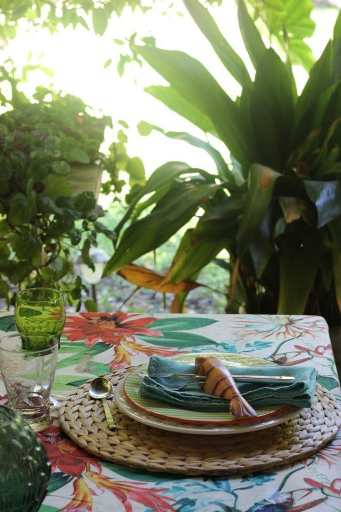 Como preparar una mesa tropical