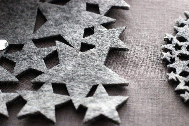 Decoracion mesa invierno en gris