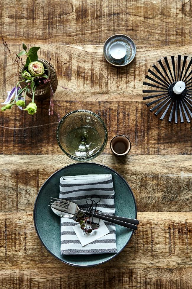 Table Styling: una bonita mesa con House Doctor