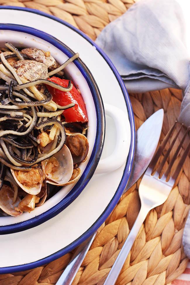 Receta: Angulas de Trigo con almejas y bacalao