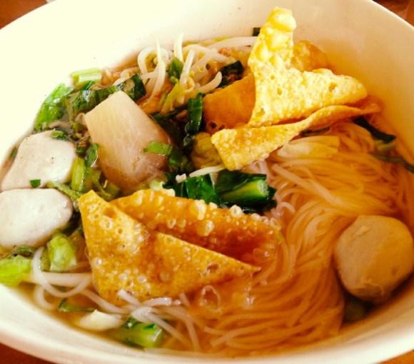 Soupes de nouilles thaïlandaise