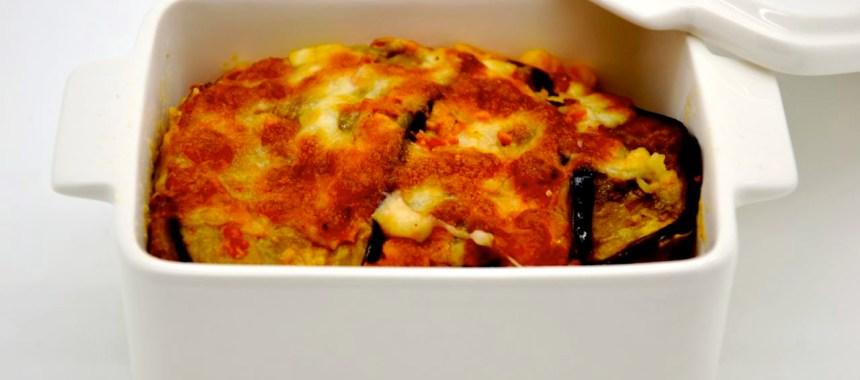 Gratin italien: prosciutto, aubergines, tomates et crème de parmesan.