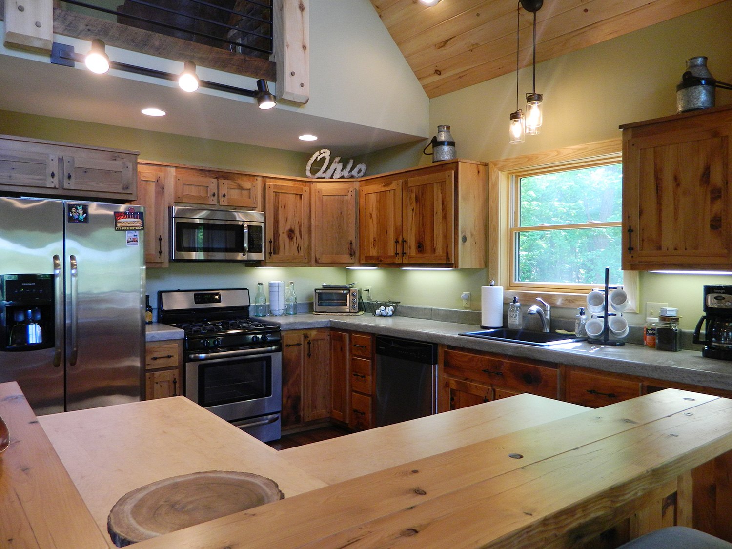 amish made kitchen cabinets ikea lighting ellicottville chalet photos lofty mountain homes