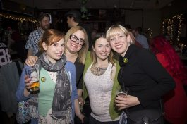 The pub crawl promoted camaraderie among beer drinkers.