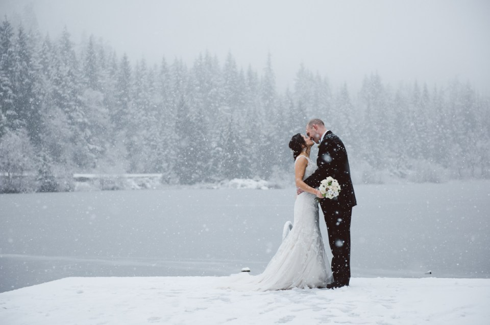 winter-wedding-whistler-nitalake_LS009