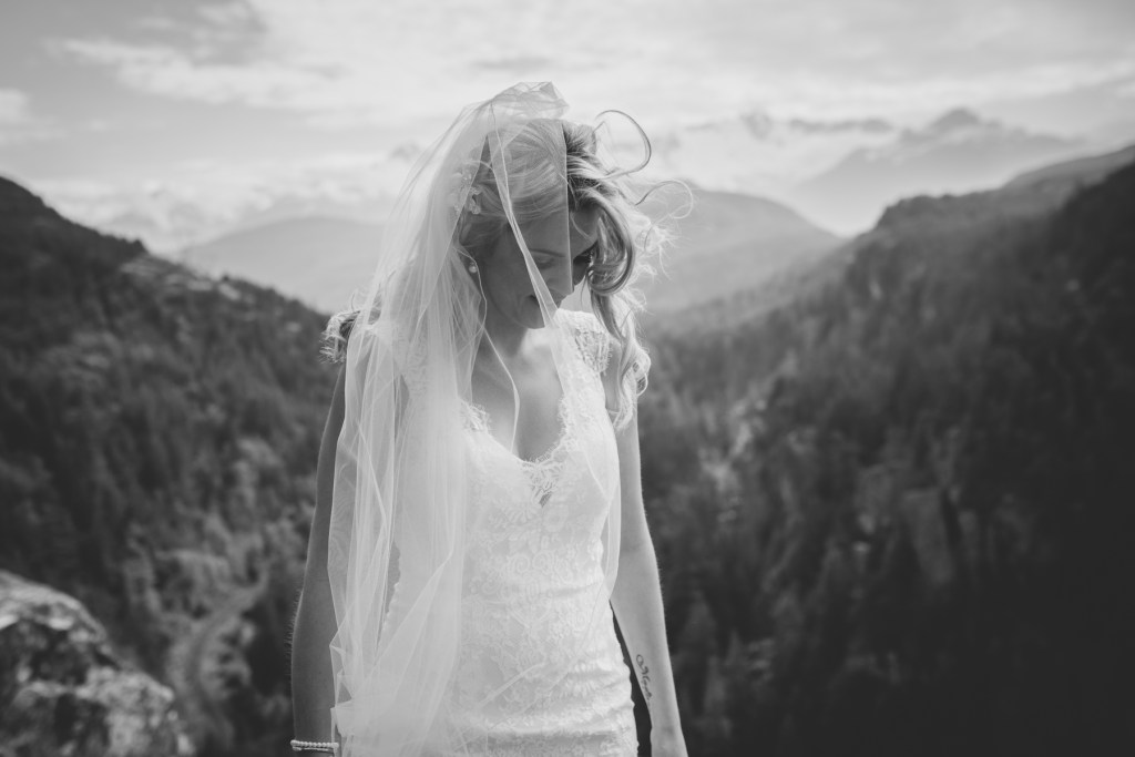 whistler-wedding-photography-bride-candid_LS