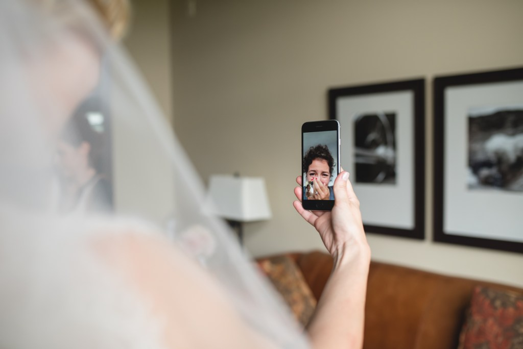 whistler-wedding-photography-facetime_LS