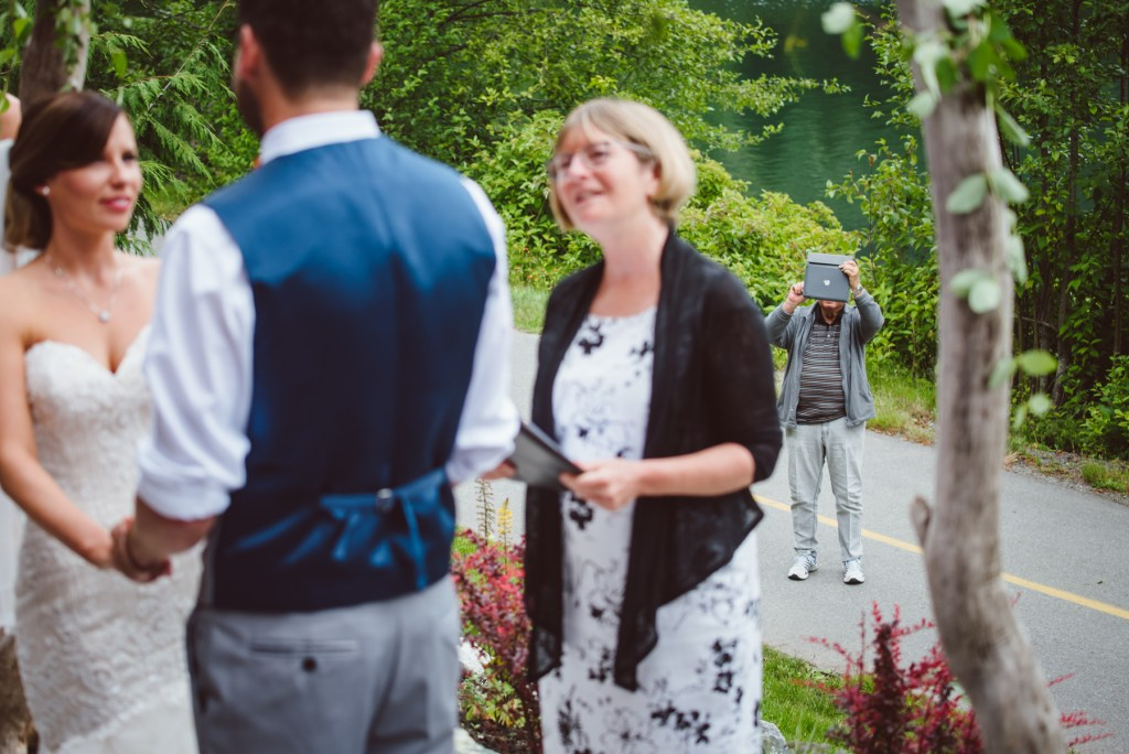 whistler-wedding-photography-ipad_LS
