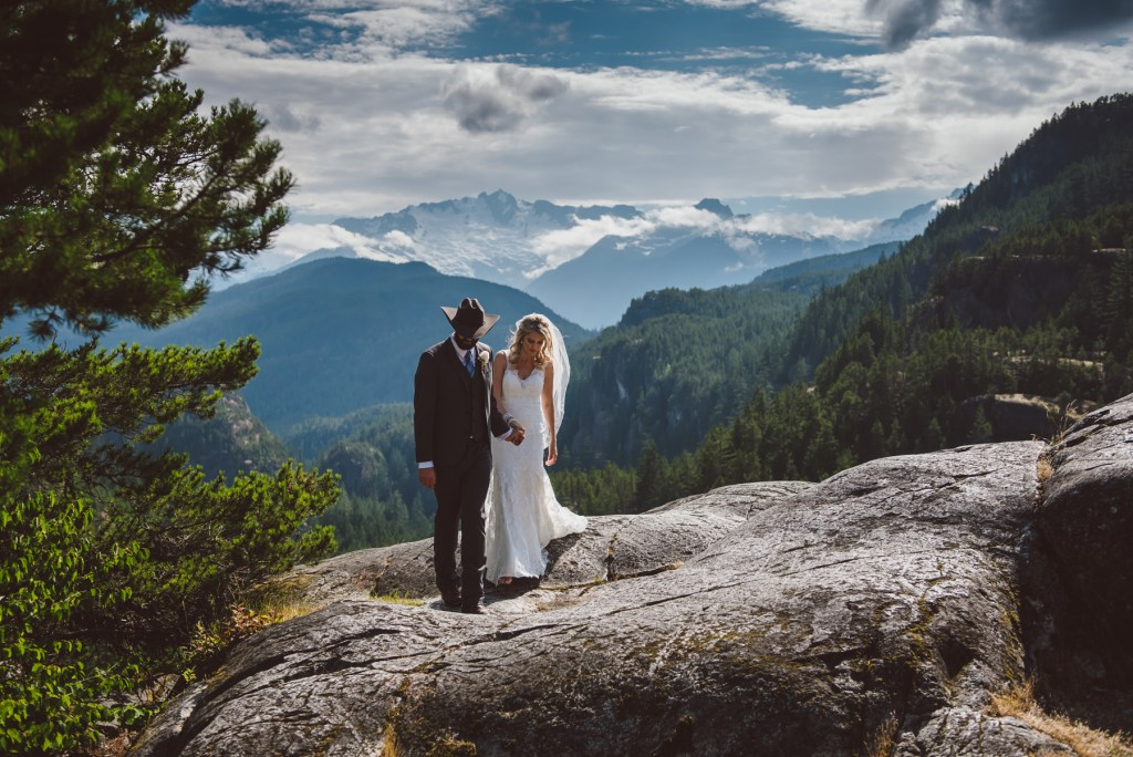 whistler-wedding-photography-leading_LS
